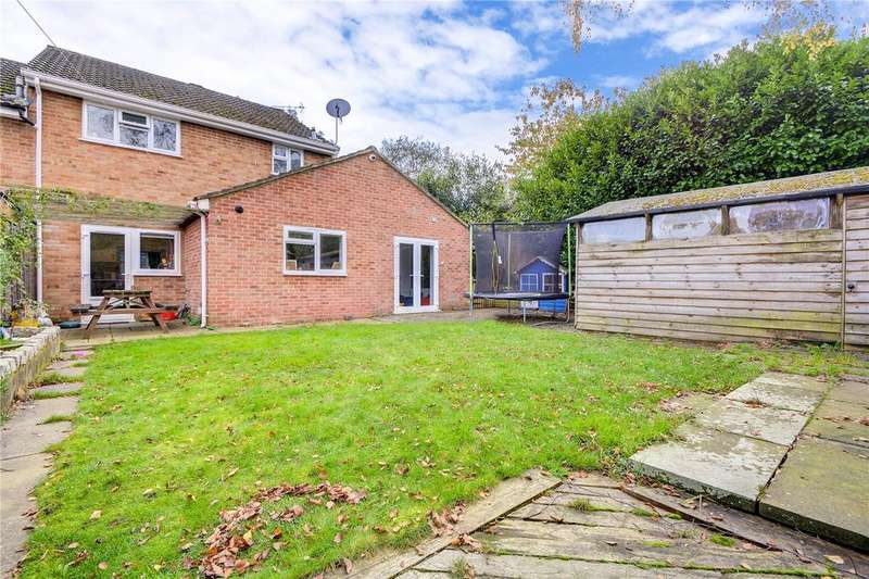 4 Bedrooms End Of Terrace House for sale in South Hurst, Whitehill, Bordon, Hampshire