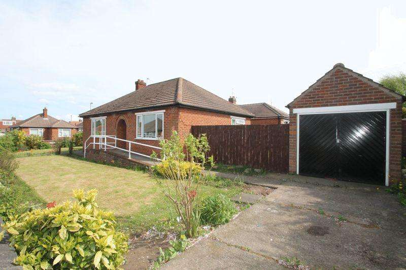 2 Bedrooms Detached Bungalow for rent in Ledbury Drive, Brookfield, TS5 8ER