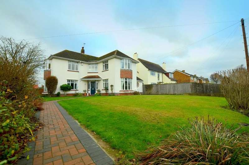 3 Bedrooms Detached House for sale in Picketts Road, Felixstowe, IP11 7JT