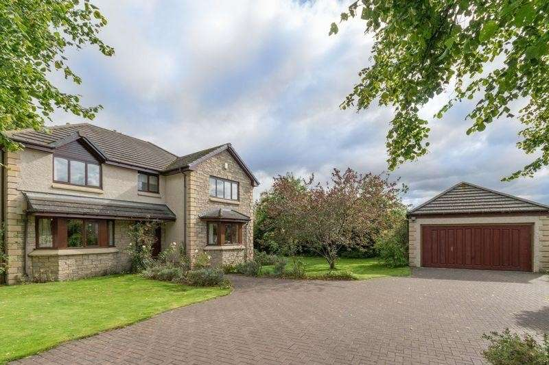 5 Bedrooms Property for sale in 1 The Orchard Stoneyhill Farm Road, Musselburgh, East Lothian, EH21 6US