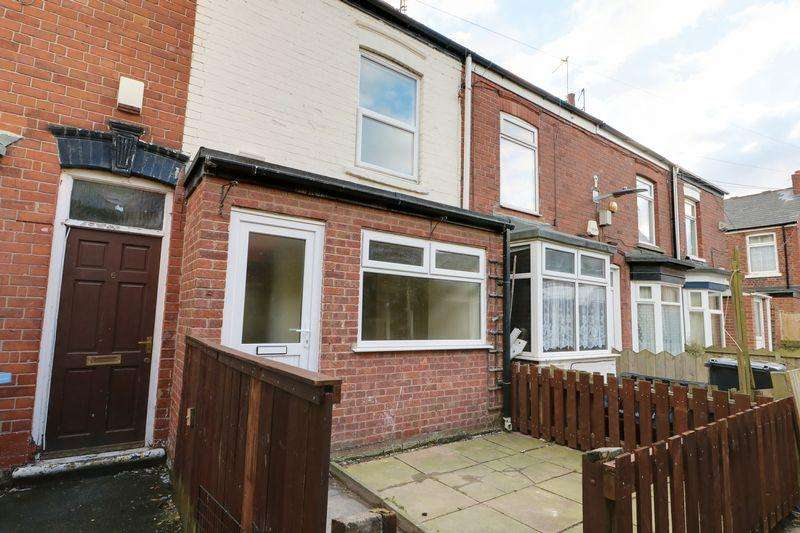 2 Bedrooms Terraced House for sale in Colenso Villas, Barnsley Street, Hull