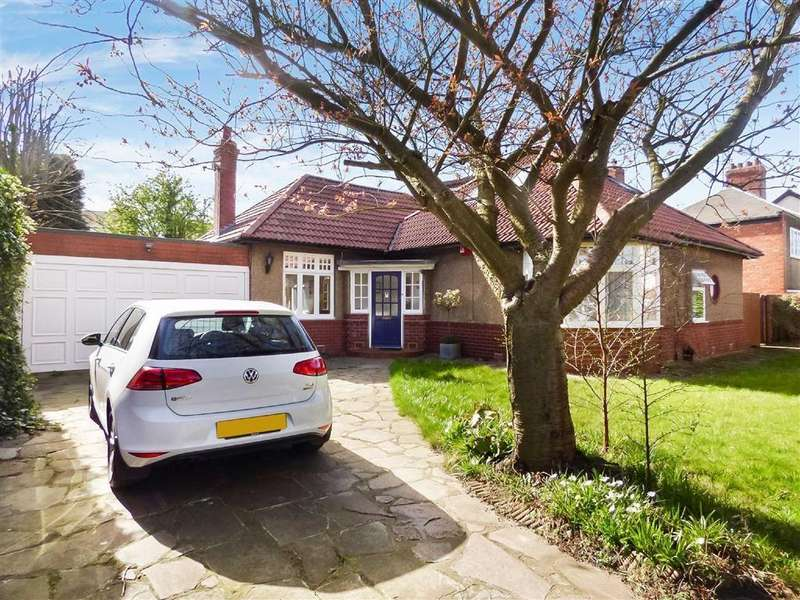 3 Bedrooms Bungalow for rent in The Gardens, Whitley Bay