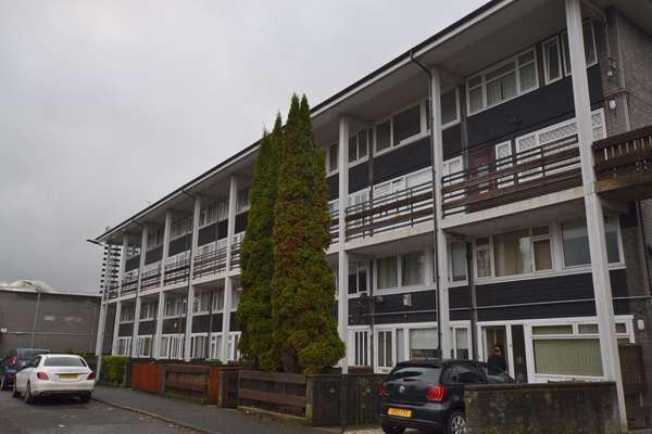 2 Bedrooms Maisonette Flat for sale in 18 Stonelaw Towers, Rutherglen, Glasgow, G73 3RL