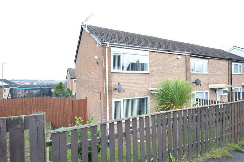 2 Bedrooms Terraced House for sale in Stanks Lane North, Leeds