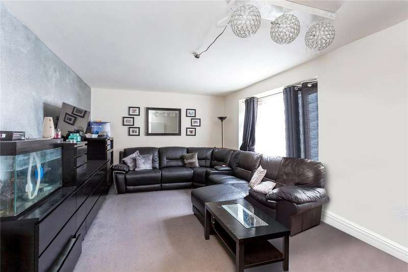 2 Bedrooms Flat for sale in Pamlion Court, Crouch Hill, London, N4