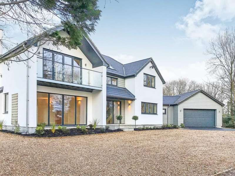 4 Bedrooms Detached House for sale in Rattery, Devon