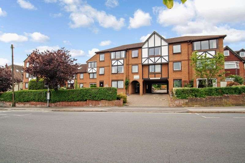 1 Bedroom Property for sale in Chestnut Court, Southampton, SO17 1SE