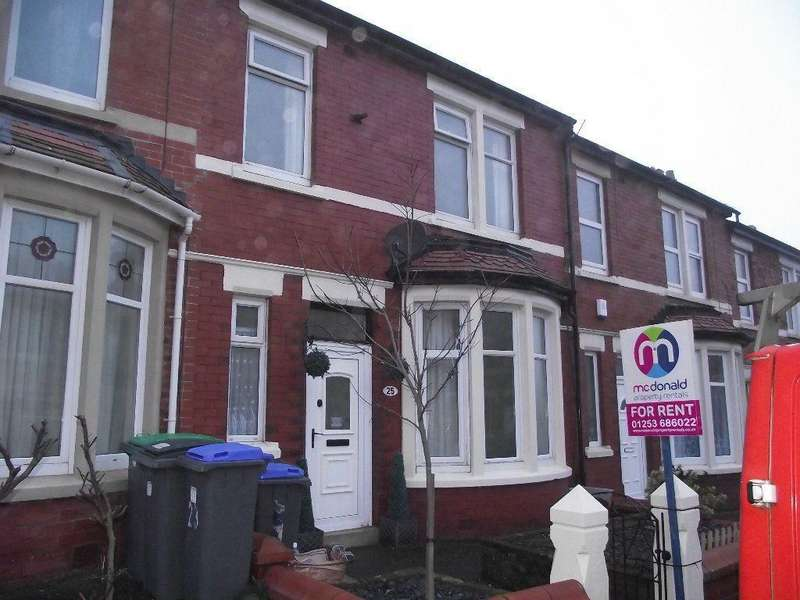 3 Bedrooms Terraced House for rent in Redcar Road, Blackpool FY1 2LR