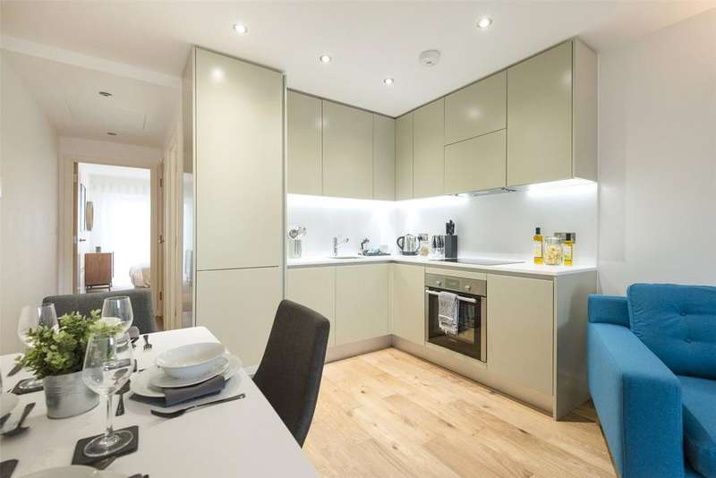 Studio Flat for sale in Dolphin House, Windmill Road, Sunbury-On-Thames, Middlesex, TW16