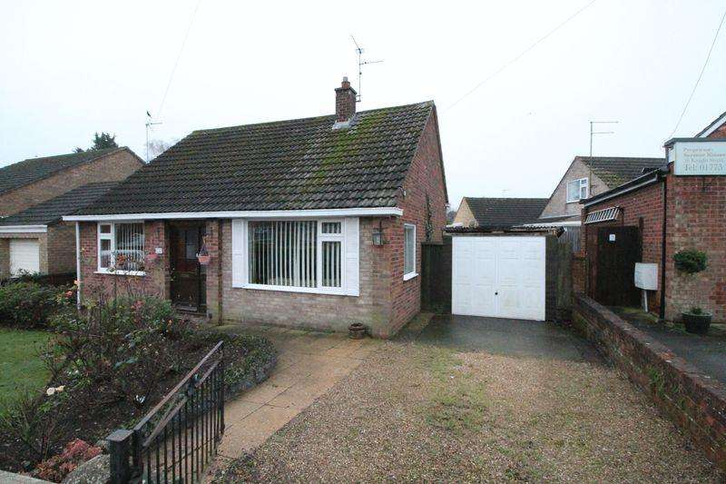 2 Bedrooms Detached Bungalow for sale in Knight Street, Pinchbeck