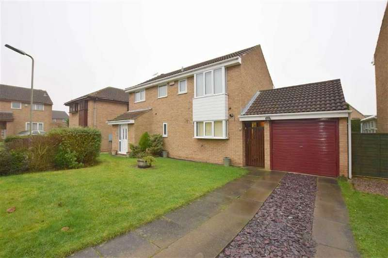 4 Bedrooms Detached House for sale in Trafalgar Avenue, Laceby Acres, North East Lincolnshire