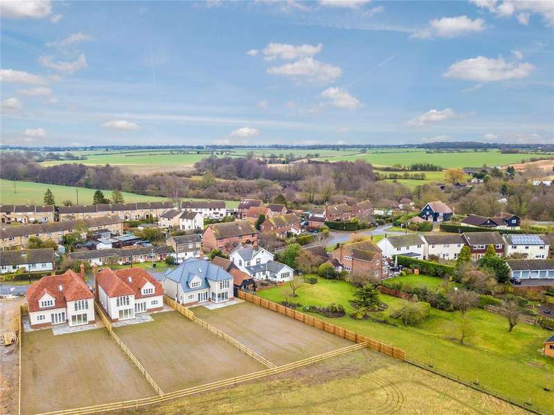 4 Bedrooms Detached House for sale in Bran End, Stebbing, Dunmow, Essex, CM6