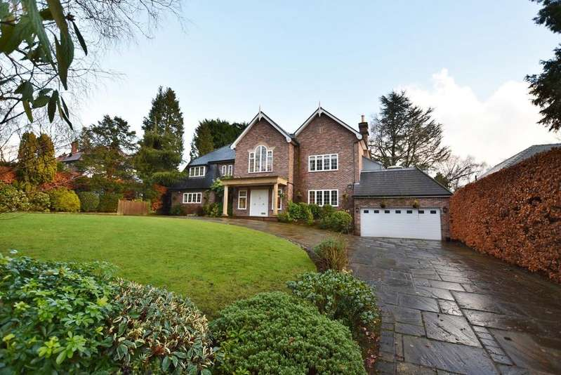 4 Bedrooms Detached House for sale in Carrwood, Hale Barns