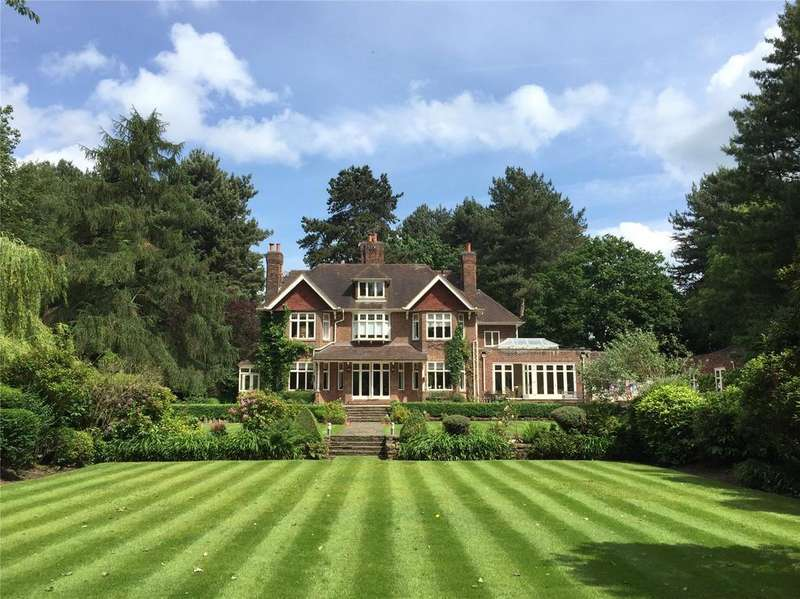 5 Bedrooms Unique Property for sale in Heybridge Lane, Prestbury, Macclesfield, Cheshire, SK10