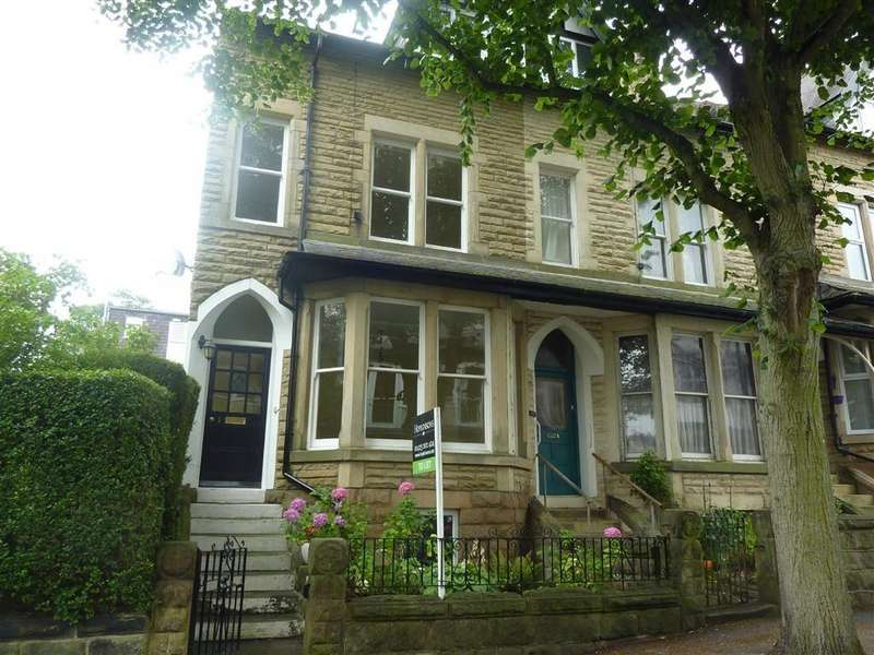 4 Bedrooms Town House for rent in Belmont Road, Harrogate, North Yorkshire