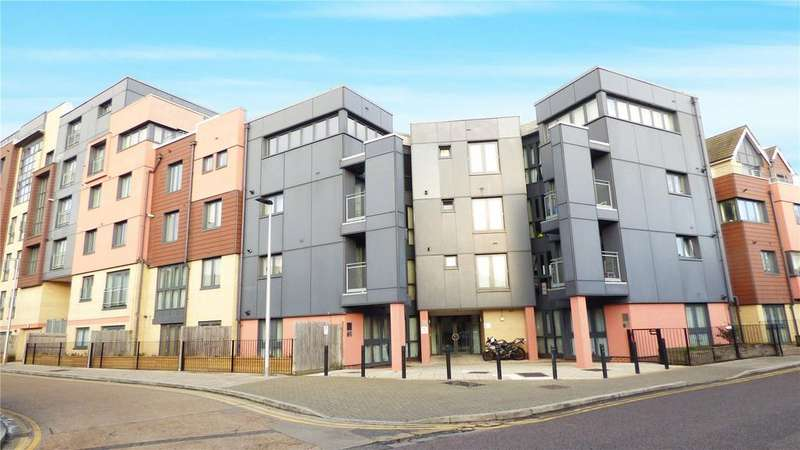 1 Bedroom Apartment Flat for sale in Invito House, 1-7 Bramley Crescent, Ilford, IG2