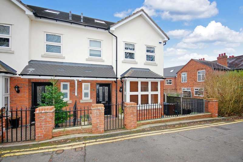 4 Bedrooms Semi Detached House for sale in Shaw Lane, Tettenhall Wood, Wolverhampton WV6