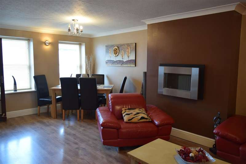 3 Bedrooms Terraced House for sale in Cavendish Street, Workington