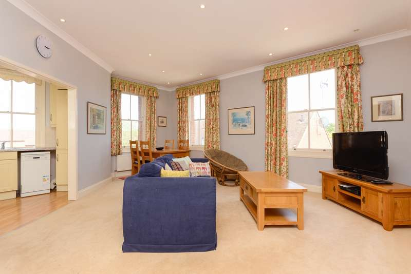 2 Bedrooms Apartment Flat for sale in The Merchants Store, Station Road West, Canterbury, CT2