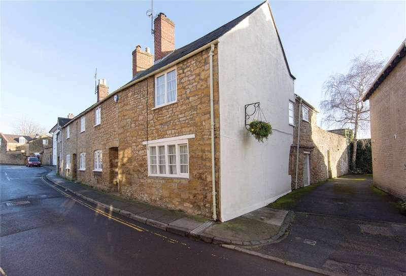 3 Bedrooms End Of Terrace House for sale in Hound Street, Sherborne, DT9