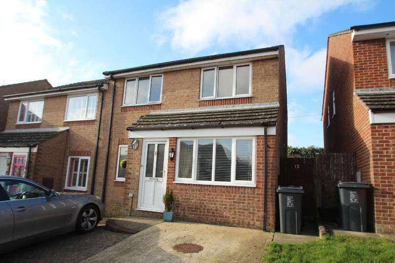 4 Bedrooms Detached House for rent in Crestway, Portslade, East Sussex, BN41 2EY