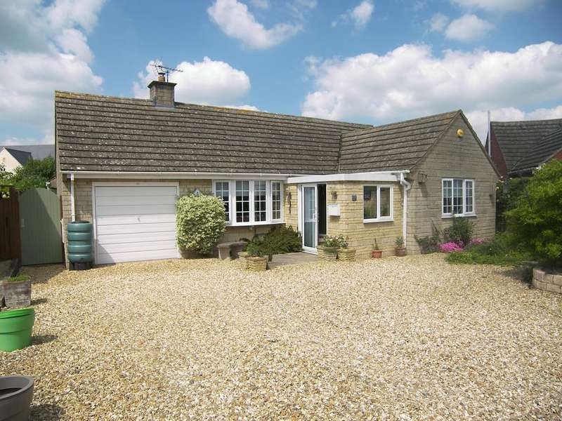 3 Bedrooms Detached Bungalow for sale in Norton View, Mickleton