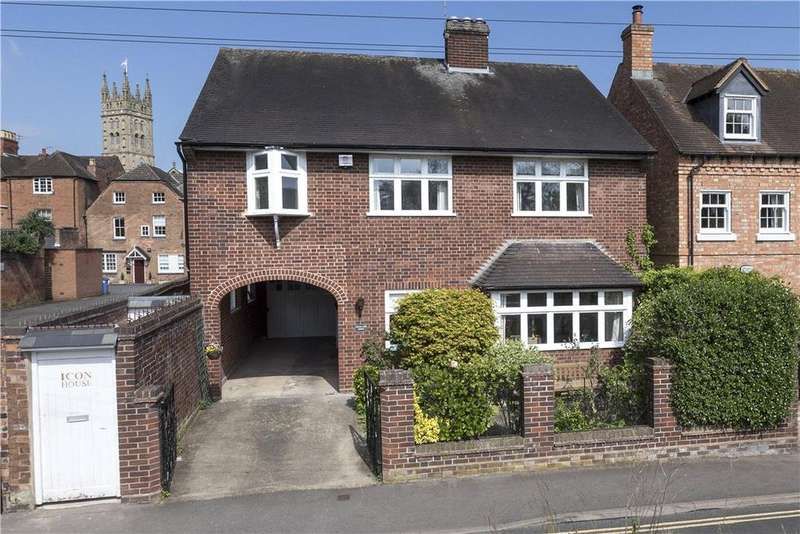 4 Bedrooms Town House for sale in Castle Lane, Warwick, CV34