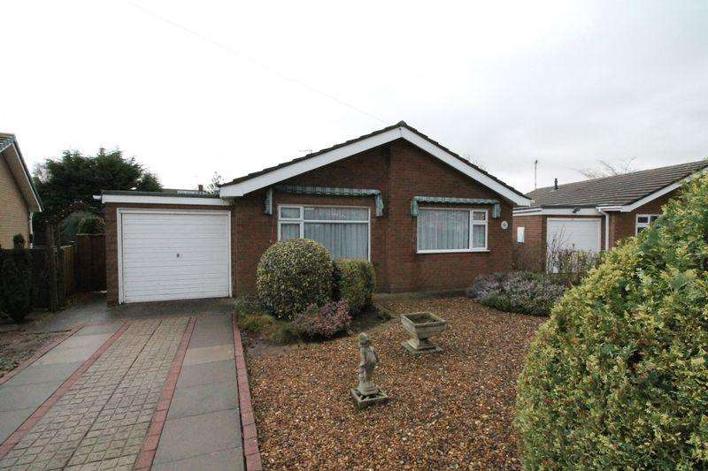 2 Bedrooms Detached Bungalow for sale in Ashby Gardens, Moulton