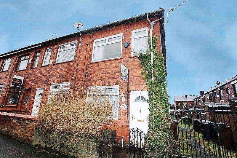 2 Bedrooms Terraced House for sale in Houghton Street, Royton, Oldham OL2 5AG
