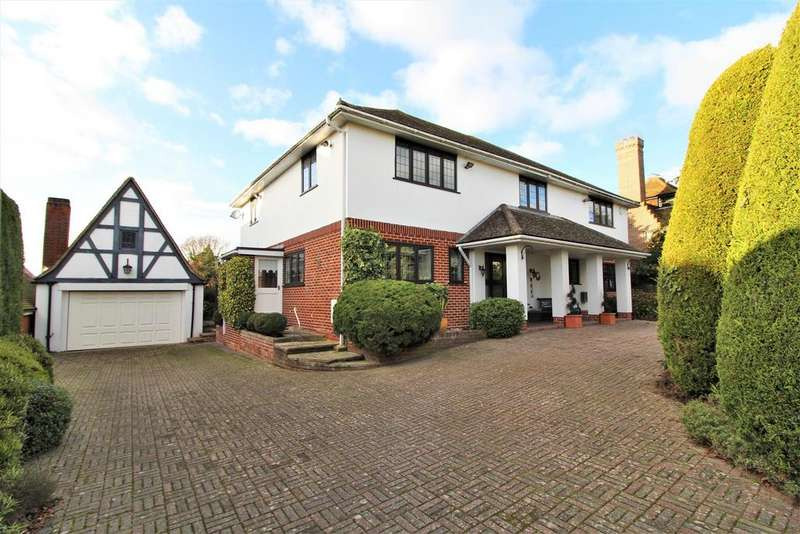 4 Bedrooms Detached House for sale in Second Avenue, Frinton-On-Sea
