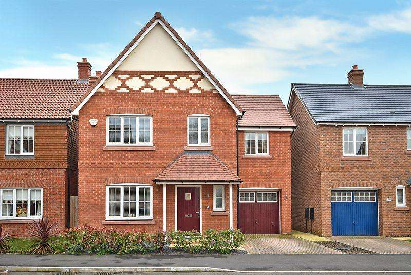 4 Bedrooms Detached House for sale in St Aidans Drive, Widnes