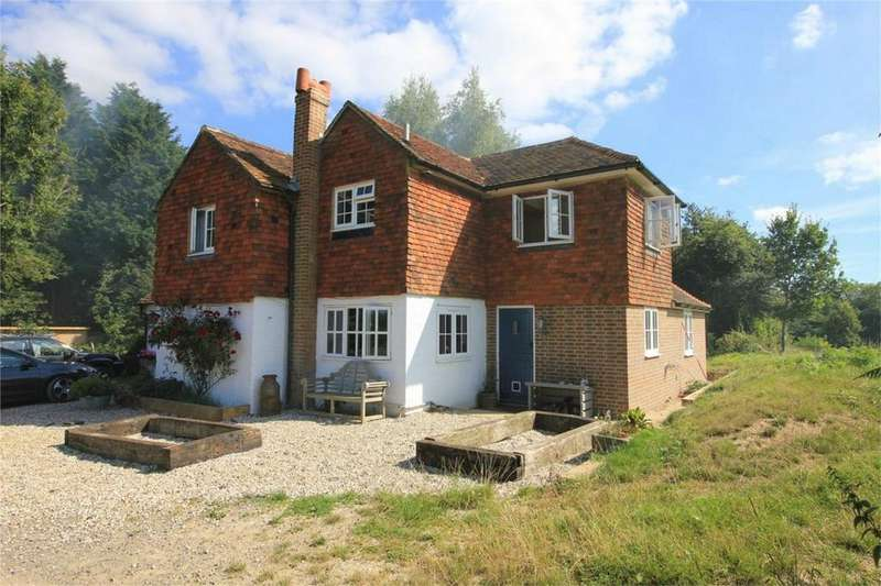 4 Bedrooms Detached House for sale in Whatlington Road, BATTLE, East Sussex