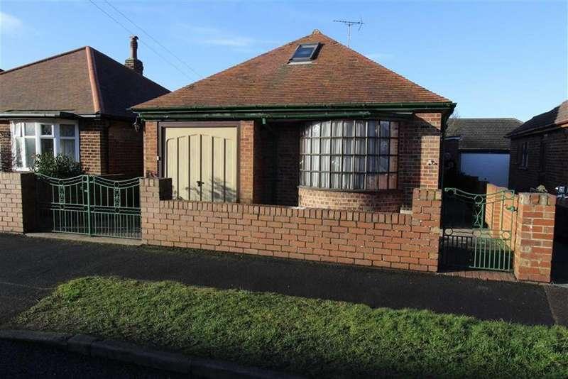 2 Bedrooms Detached Bungalow for sale in Rosebery Avenue, Bridlington, East Yorkshire, YO15
