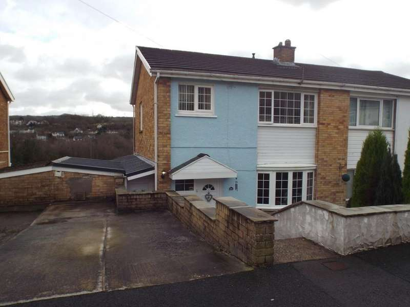 3 Bedrooms Semi Detached House for sale in Heol Y Brandy, Pontyberem