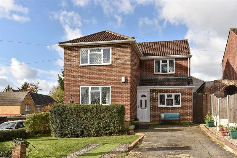 4 Bedrooms Detached House for sale in Crowthorne Road, Sandhurst, Berkshire, GU47