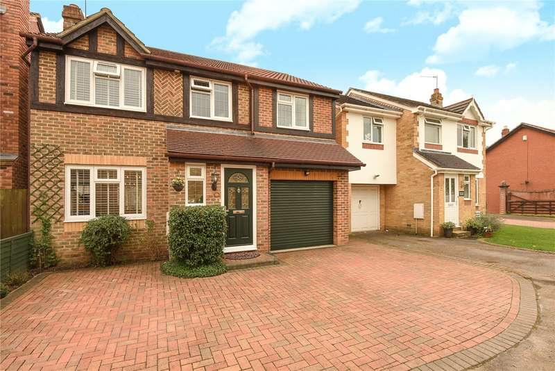 4 Bedrooms Detached House for sale in Aldridge Park, Winkfield Row, Berkshire, RG42