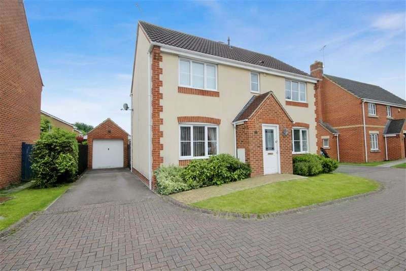 4 Bedrooms Detached House for sale in Hatch Road, Stratton, Wiltshire