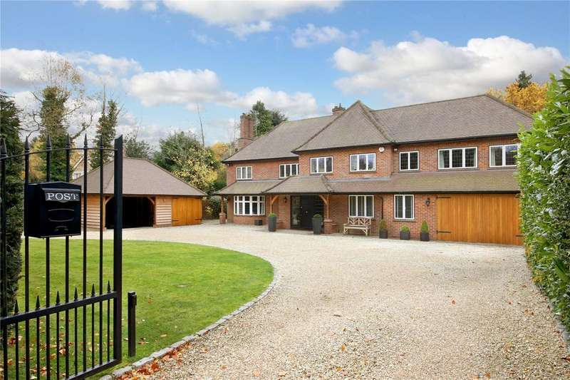 4 Bedrooms Detached House for sale in Long Walk, Chalfont St. Giles, Buckinghamshire, HP8