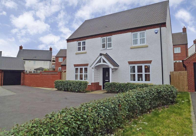 4 Bedrooms Detached House for sale in Castle Donington, Derby