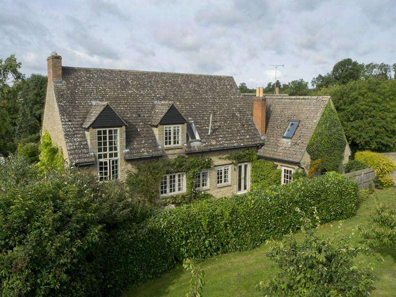 4 Bedrooms Village House for sale in Wadenhoe, Nr Oundle, PE8