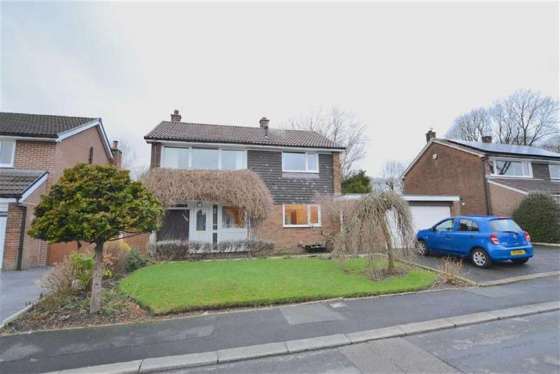4 Bedrooms Detached House for sale in Woodlands Grove, Padiham, Lancashire