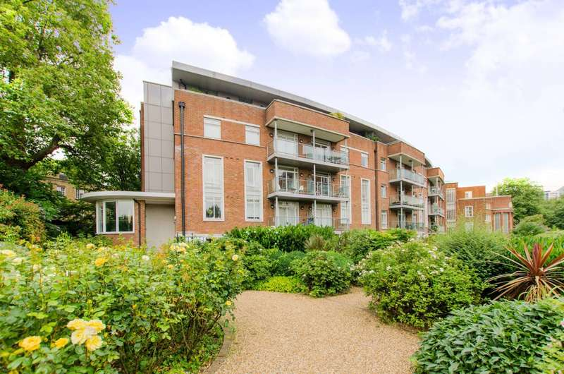 2 Bedrooms Flat for sale in Nautilus Building, Angel, EC1R
