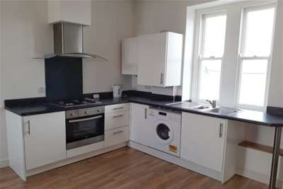 1 Bedroom House for rent in FORE STREET, ST AUSTELL