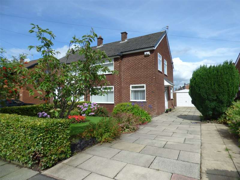 3 Bedrooms Semi Detached House for sale in Banbury Road, Alkrington, Middleton, Manchester, M24