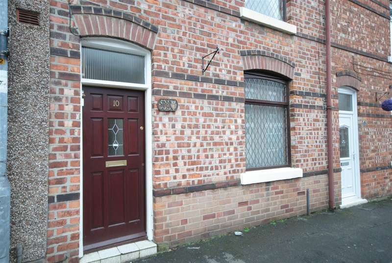 3 Bedrooms Terraced House for sale in Thompson Street, Whelley, Wigan
