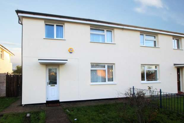 3 Bedrooms Semi Detached House for sale in Preston Road, Hull, North Humberside, HU9 3TB