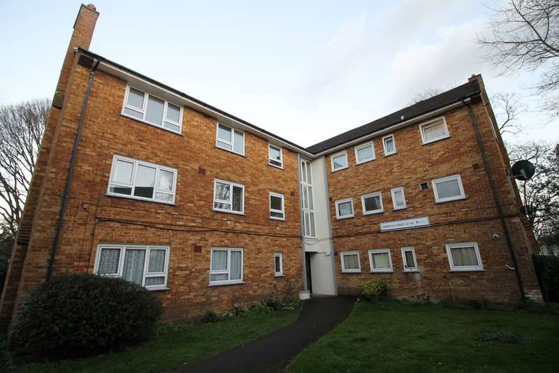 3 Bedrooms Apartment Flat for sale in Norfolk Street, Southsea PO5