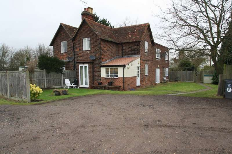 1 Bedroom Flat for rent in Bons Farm Cottages, Stapleford Road RM4