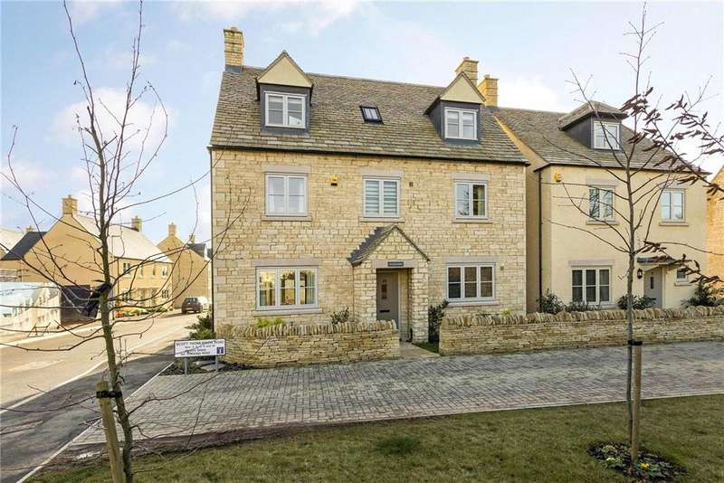 4 Bedrooms Detached House for sale in Scott Thomlinson Road, Fairford, GL7
