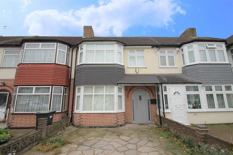 3 Bedrooms House for sale in Harlow Road, Palmers Green, London N13 5QT